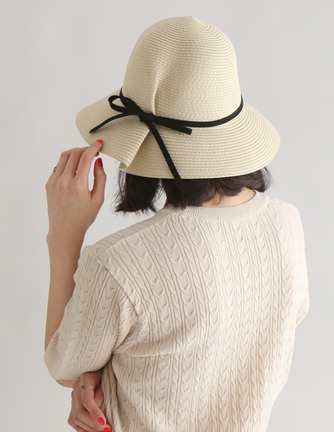 pintuck ribbon hat