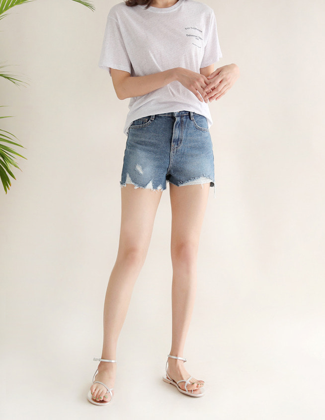 Going denim short pants