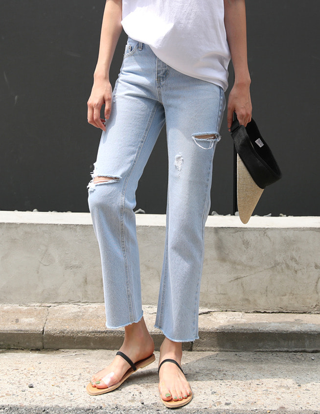 French cutting denim pants